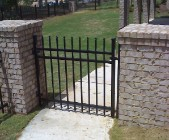 Aluminum gate on columns